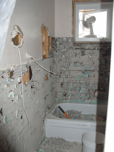 Best way to remove 50 yr old Tiles.-tile2.jpg