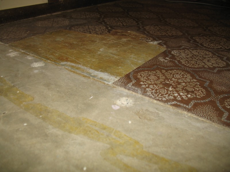 Leveling concrete subfloor with old tile-tile_floor.jpg