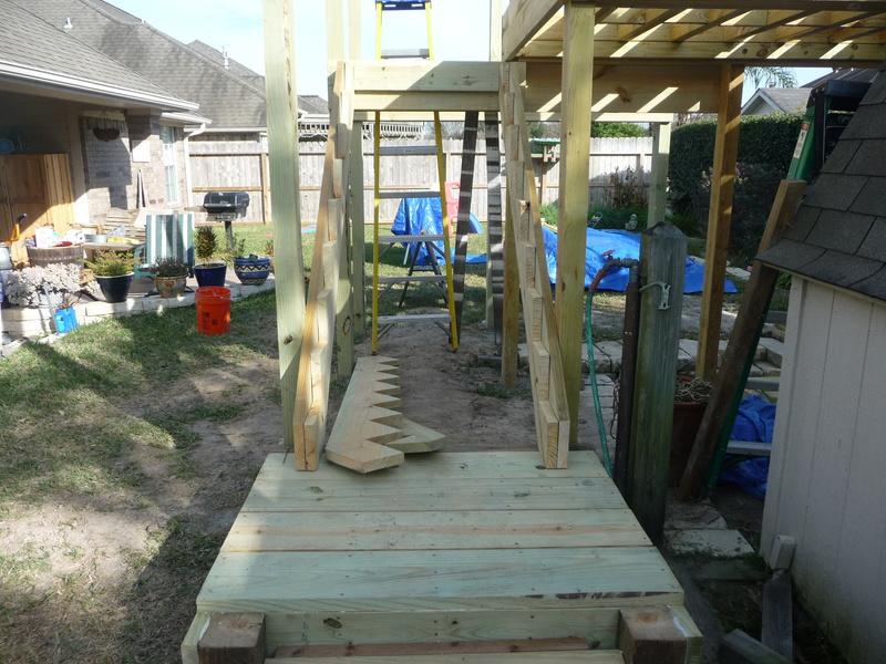 Stair steps-tree-house-004.jpg