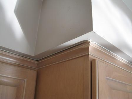 Cabinet trim gaps-trimgap.jpg