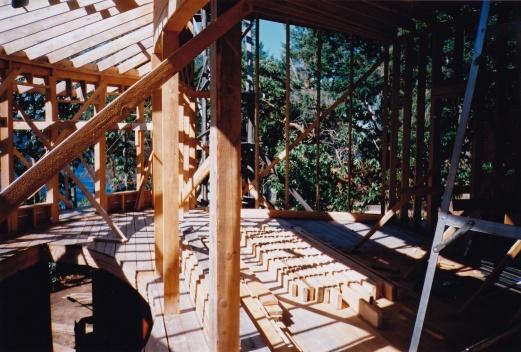 Gulf Island Building.-truss-joists_0016.jpg