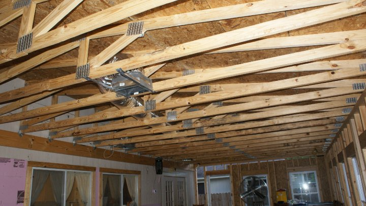 Help!!!! New roof leaking!!!-trusses.jpg
