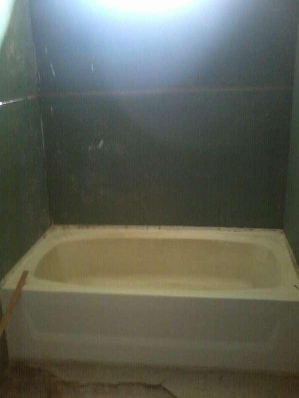 Complete Mobile Home Remodel-tub.jpg