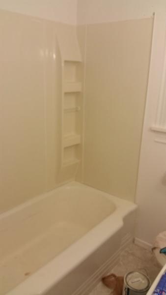 Tub surround gap/separating-tub3.jpg