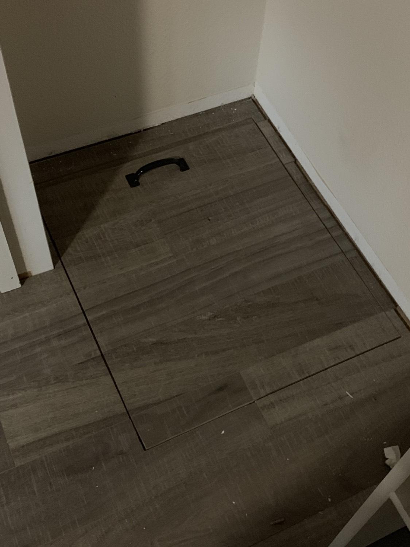 Laminate flooring-twer.jpeg