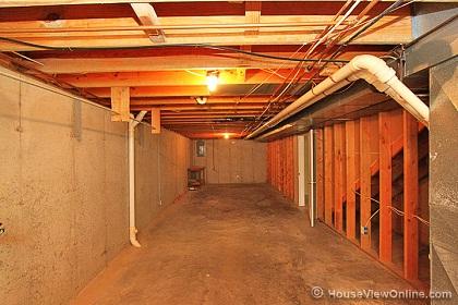 No support beams in basement?-unfinishedside.jpg