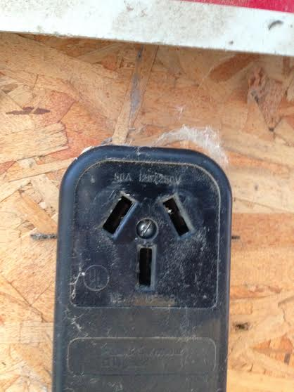receptacle and plug not the same-unnamed.jpg