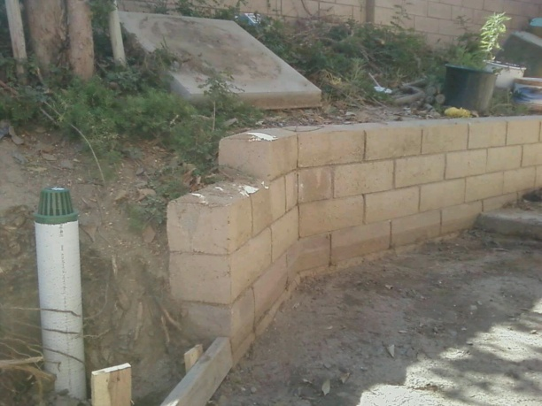 Short Retaining Wall Footer Landscaping Amp Lawn Care