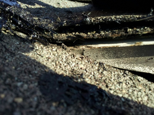 Why Leaking Roof under Dormer / hole in OSB!!!-up-close-corner-layers.jpg