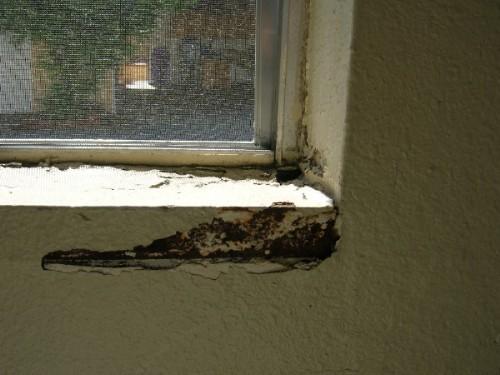 How to repair deterioration on inside of window frame?-upload_bad_window1.jpg