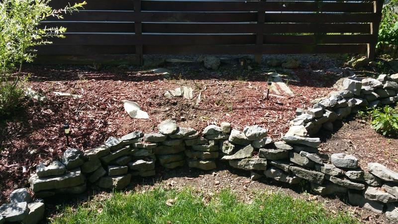Retaining wall, sloped flower bed, help-uploadfromtaptalk1433691388607.jpg