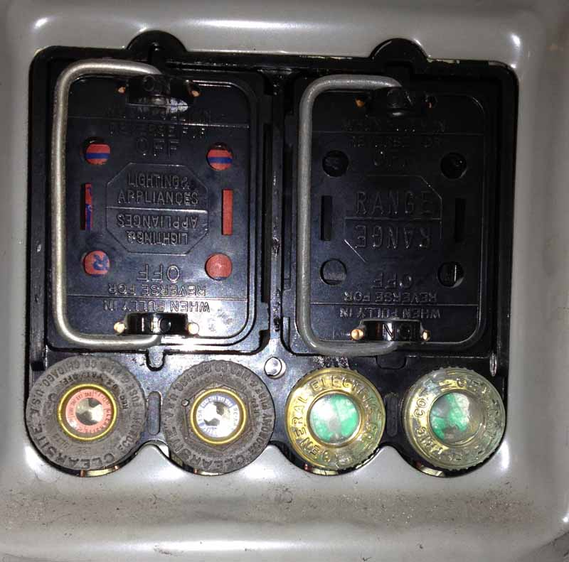 old meter box covers electrical page 2 diy chatroom home rh diychatroom com 2000 F350 Fuse Panel Diagram 2002 F250 Fuse Panel Diagram