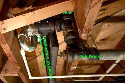 Basement plumbing layout advice-upstairs_tub_front_sm.jpg