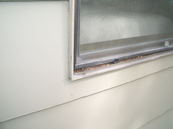 Replace Aluminum Windows-val-window-outside-close.jpg