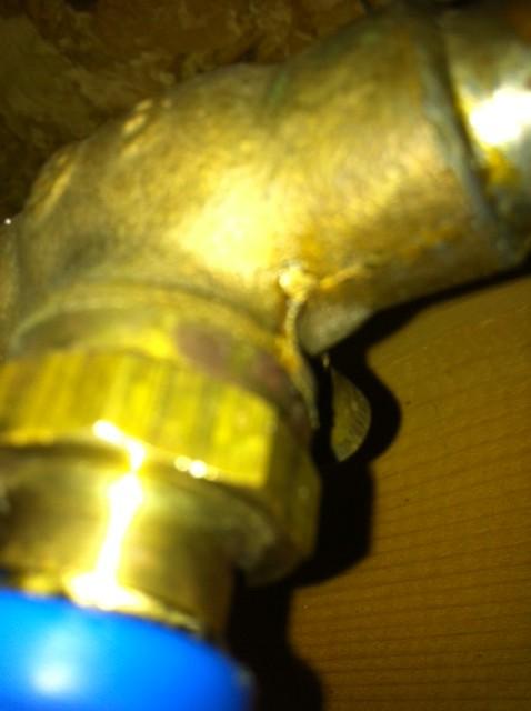 Shut off valve for outdoor spigot-valve-2.jpg