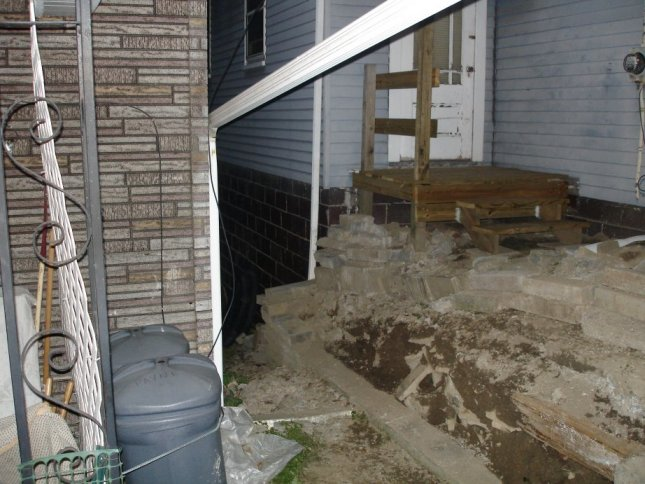 Rebuilding a Retaining Wall-view-side.jpg