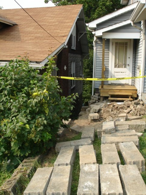 Rebuilding a Retaining Wall-view-front.jpg