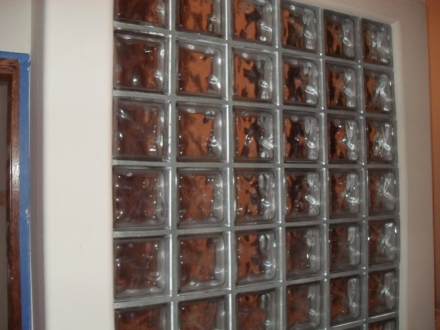 glass block wall-wall-001.jpg