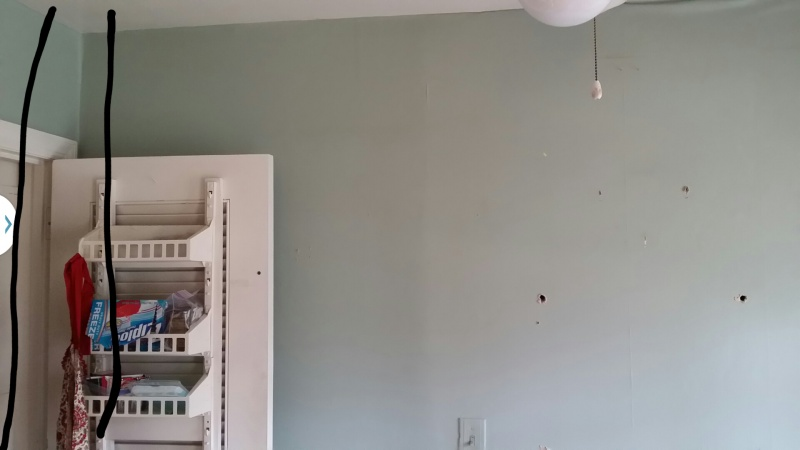 Help, have dueling contractors. Need advice on load bearing (or not) wall-wall1.jpg
