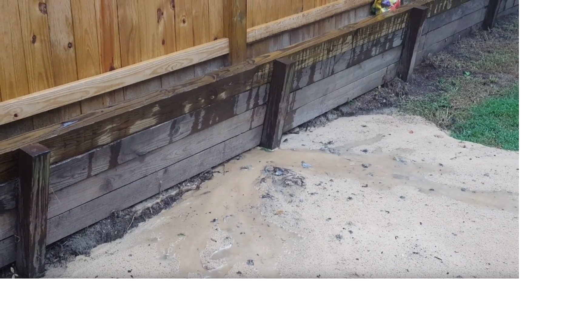 Timber retaining wall repair help-wallleak.png