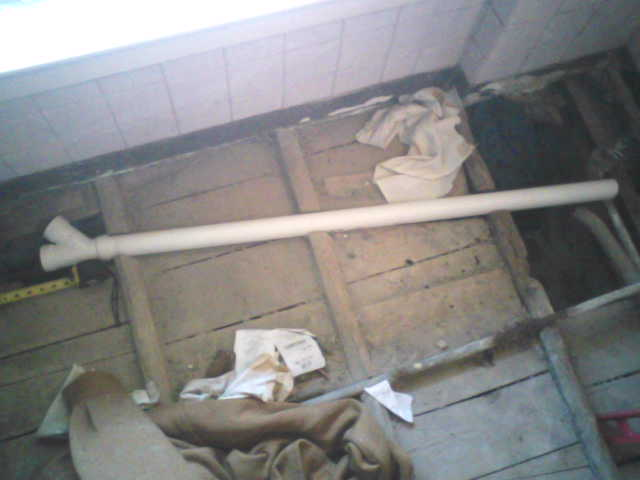 100 year old bathroom piping and floor-water-pipe-fit-test-003.jpg