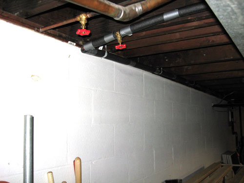 Will water lines freeze if placed behind insulated stud wall in basement?-waterlines.jpg
