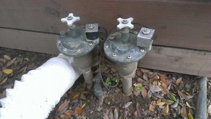 Automatic Sprinkler Controller Question-watervalve1-medium-.jpg