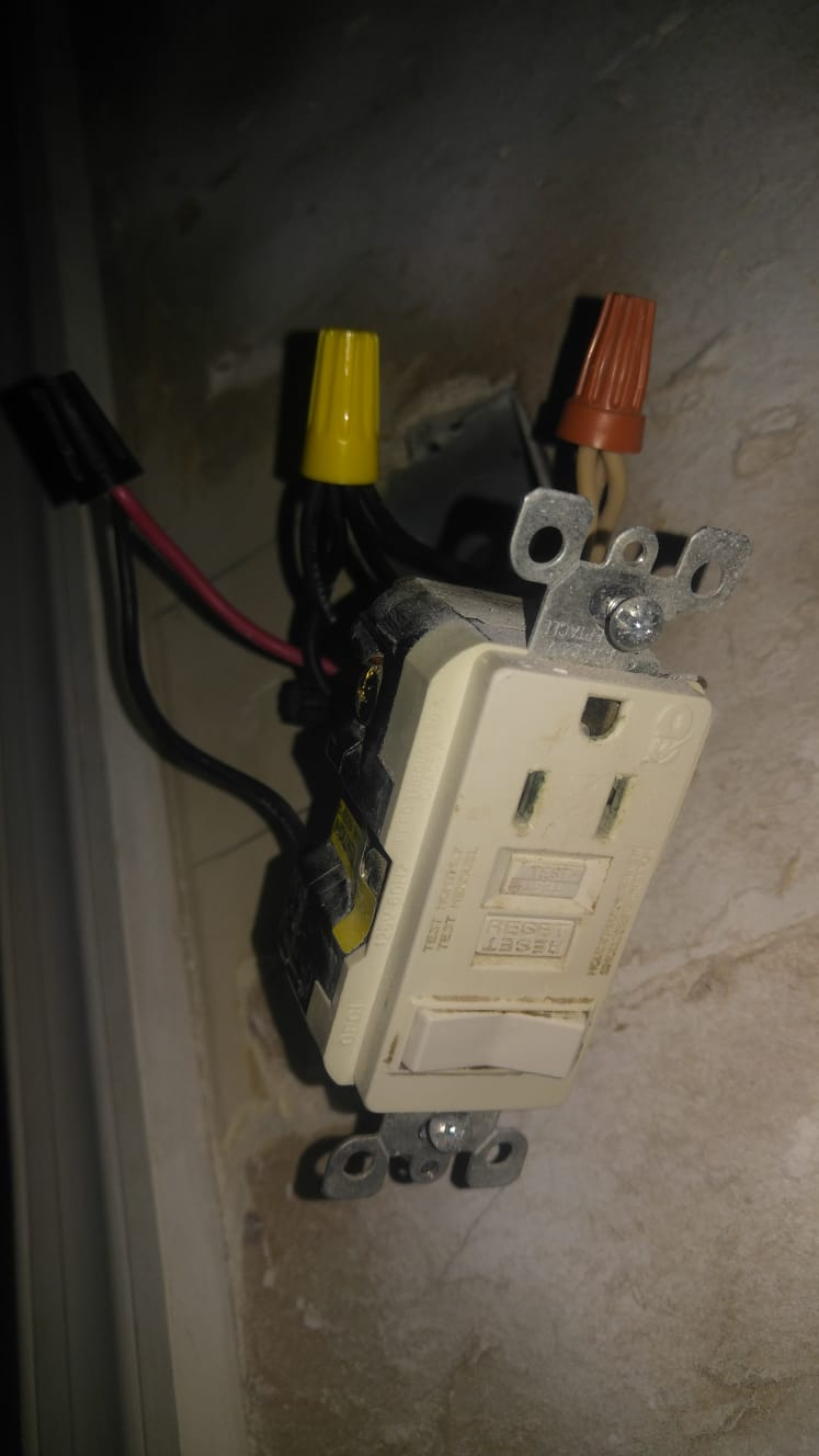 2 Cables In 1 Junction Box  Switch