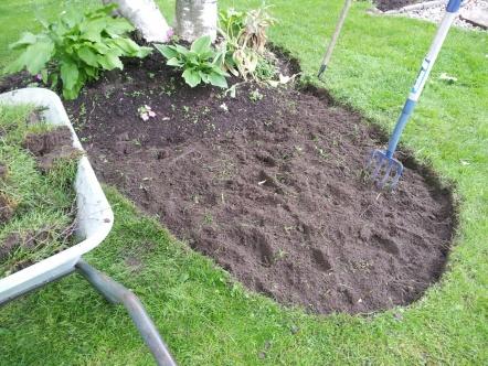 A little garden how-to-wheelbarrow.jpg