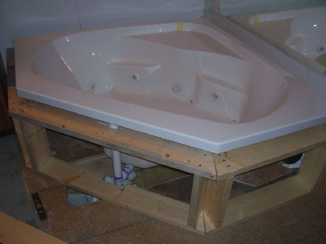 Framing A Whirlpool Deck Carpentry Diy Room Home