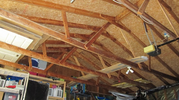leaning garage wall and sagging roof line.-whole-rafter.jpg