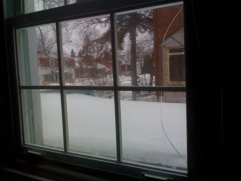 Window Cracked on its own-window-crack.jpg