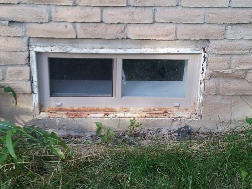 Window Wells & Grading-window.jpg