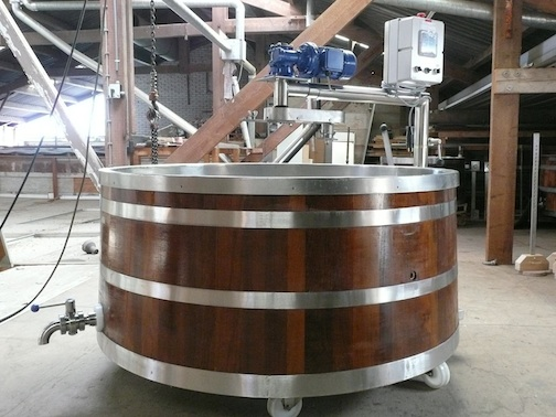 Wiring for a commercial cheese vat from EU-wood-cheese-vat-small.jpg