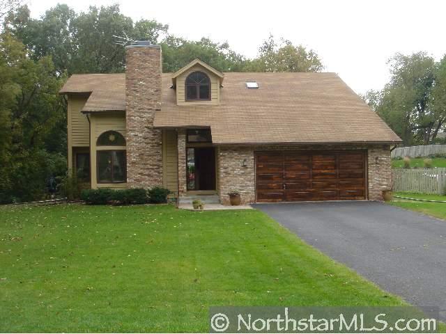 Modernize my house exterior, need ideas-woodland-curve.jpg