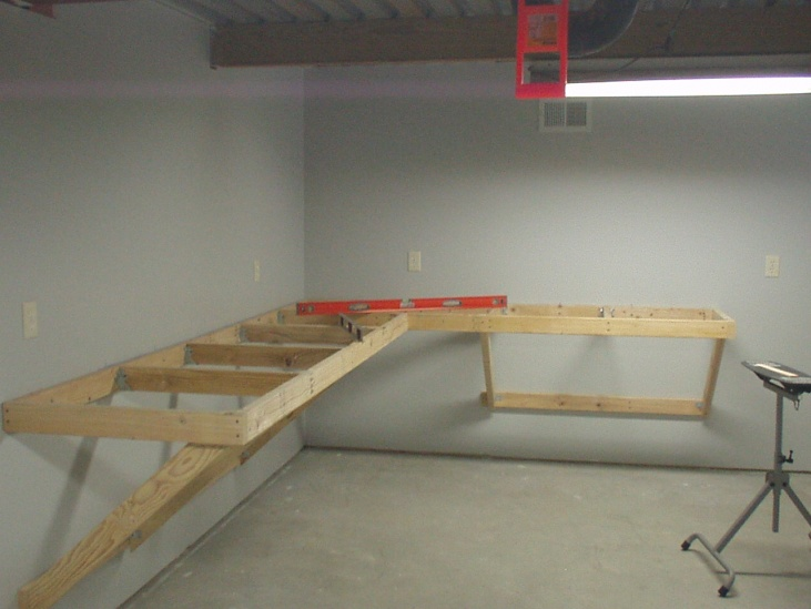 New House, new project: Workbench!-workbench1.jpg
