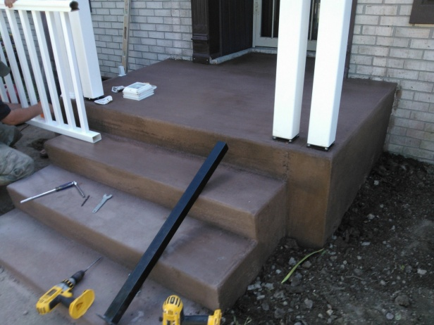 Need some ideas for how to frame this form for concrete porch-wp_000479.jpg
