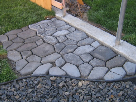DIY Pavers-yard-2011-025.jpg