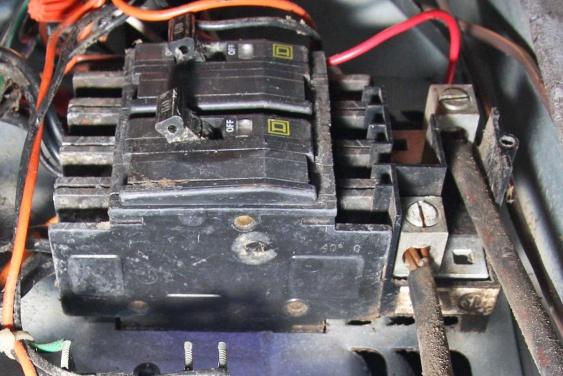 Replacing QOU Air Handler Breaker, help please...-zzz1-2-.jpg