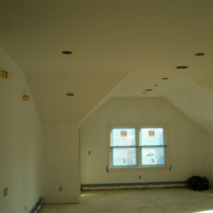 MASTER BEDROOM house 056