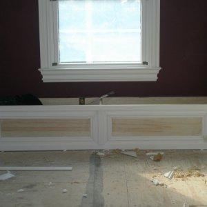 MASTER BEDROOM WINDOW SEAT house 075