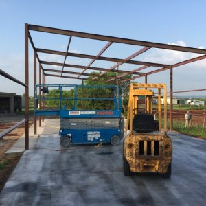 frame going up.  single surface roof (will be using to collect rainwater at some point)