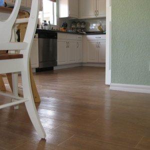 Ceramic Tile Looks Like Wood