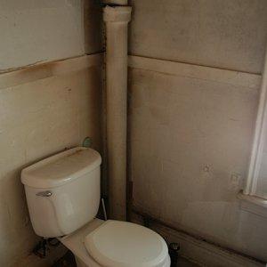 bathroom 3, old
