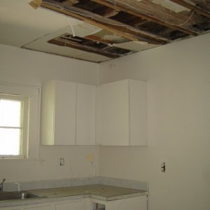 kitchen -- big *ugh*