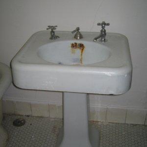 full bath's original sink