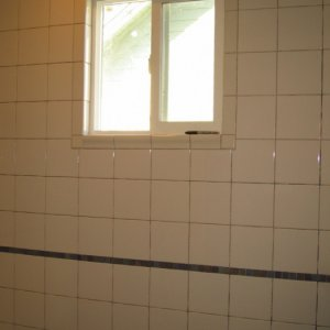 a good view of the tiling around the window -- that was tricky, but I did it!