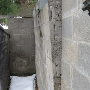 Garage foundation with structural issues