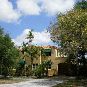 Miami Springs clay tile roof repair  Cap replacements after '05 storms. Hard-to-find Altusa caps