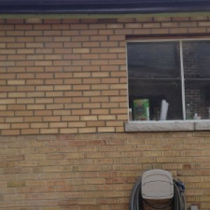 window brick 017 (300x225)